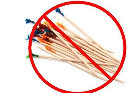 Dentist Creve Coeur MO, Toothpicks, Gum Damage